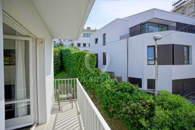 location-vacances-biarritz-appartement-2-chambres-parking-port-vieux-balcon-proche-plage-9