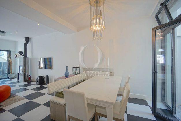 location-vacance-biarritz-centre-ville-renove-balcon-terrasse-plage-a-pied-jardin-public-ensoleillee-009