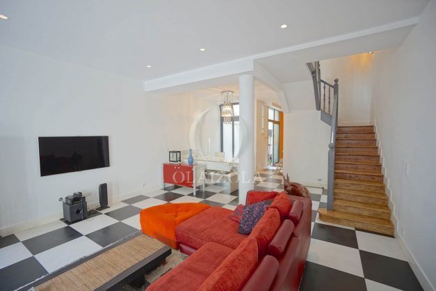location-vacance-biarritz-centre-ville-renove-balcon-terrasse-plage-a-pied-jardin-public-ensoleillee-016