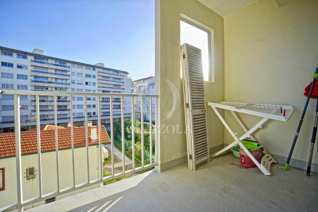 location-vacances-biarritz-appartement-centre-ville-grande-plage-a-pied-balcon-terrasse-ensoleillee-2021-014
