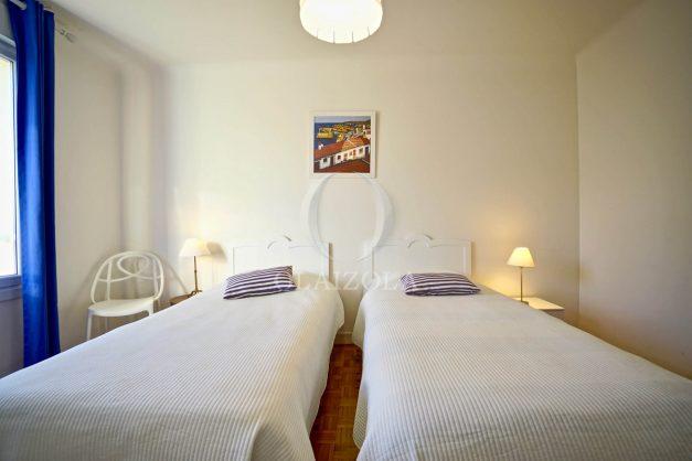 location-vacances-biarritz-appartement-centre-ville-grande-plage-a-pied-balcon-terrasse-ensoleillee-2021-017