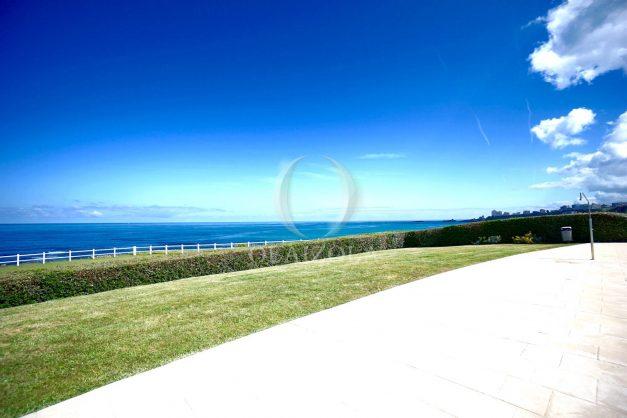 location-vacance-biarritz-appartement-t2-pieds-dans-l-eau-plage-a-pied-piscine-marbella-tennis-010