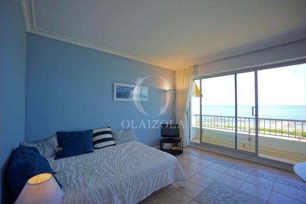 location-vacance-biarritz-appartement-t2-pieds-dans-l-eau-plage-a-pied-piscine-marbella-tennis-011