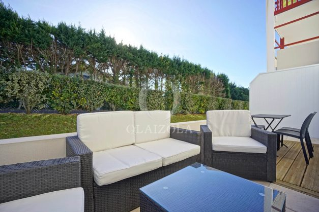 location-vacances-saint-jean-de-luz-acotz-lafitenia-plage-vague-terrasse-parking-plein-sud-2021-004