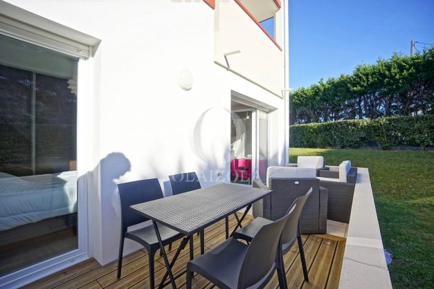 location-vacances-saint-jean-de-luz-acotz-lafitenia-plage-vague-terrasse-parking-plein-sud-2021-006
