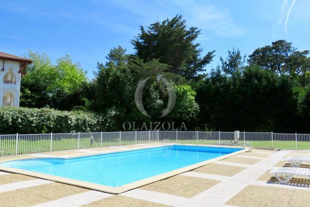 location-vacances-saint-jean-de-luz-acotz-lafitenia-plage-vague-terrasse-parking-plein-sud-2021-020