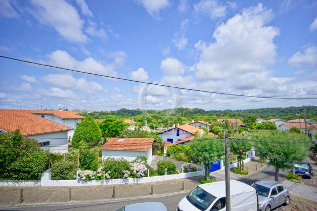 location-vacances-bidart-appartement-roserai-3pieces-balcon-parking-proche-plage-005