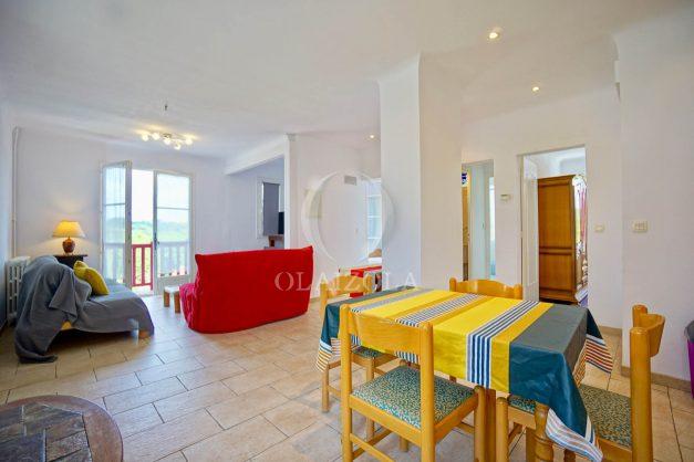 location-vacances-bidart-appartement-roserai-3pieces-balcon-parking-proche-plage-013