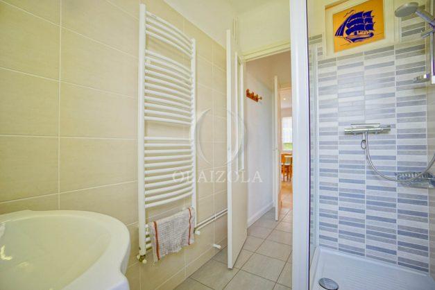 location-vacances-bidart-appartement-roserai-3pieces-balcon-parking-proche-plage-026