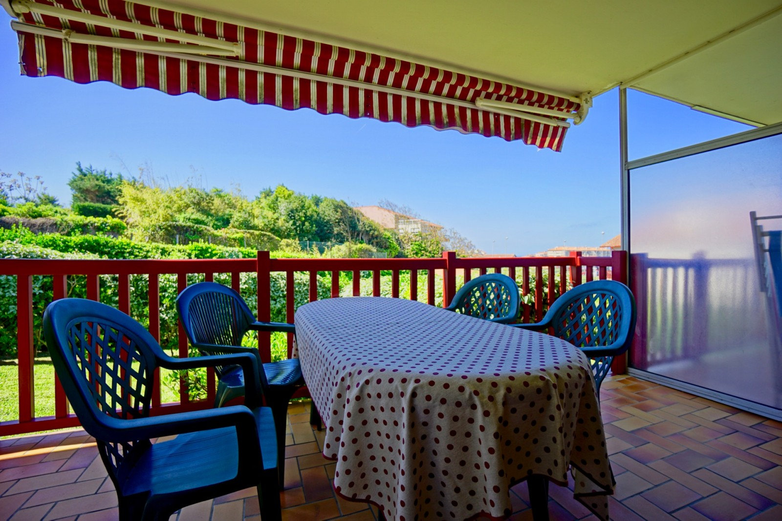 Le calme la chambre d amour agence olaizola location - Restaurants anglet chambre d amour ...