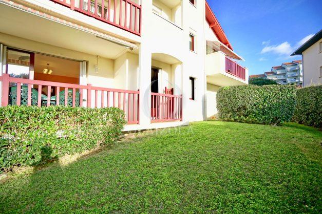 location-vacances-anglet-appartement-en-residence-chambre-d-amour-jardin-terrasse-rez-de-chausee-proche-plage-a-pied-vue-mer-2020-010