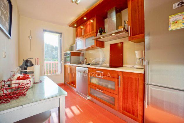 location-vacances-anglet-appartement-en-residence-chambre-d-amour-jardin-terrasse-rez-de-chausee-proche-plage-a-pied-vue-mer-2020-017
