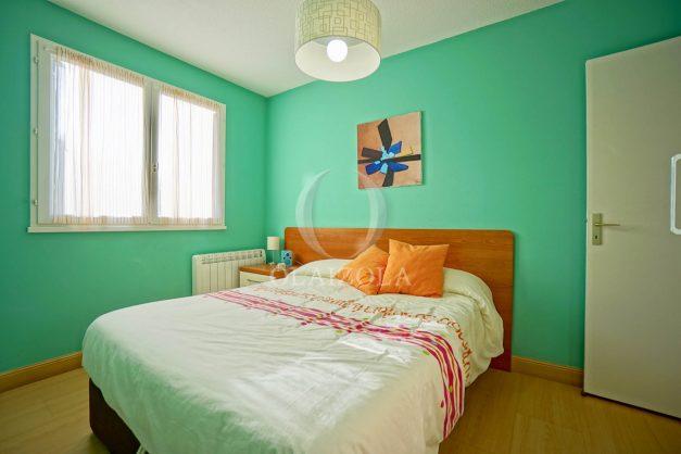 location-vacances-anglet-appartement-en-residence-chambre-d-amour-jardin-terrasse-rez-de-chausee-proche-plage-a-pied-vue-mer-2020-020