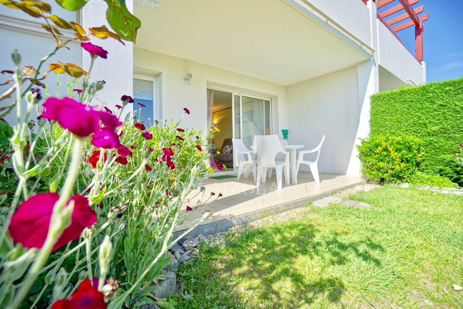 Jardin Sur Une Terrasse grand jardin et terrasse plein sud | agence olaizola