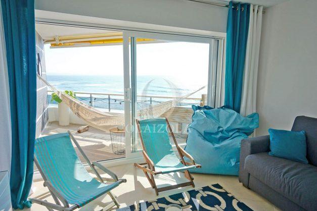 vacances-location-biarritz-sunset-T1-terrasse-vue-mer-plage-cote-des-basques-plage-a-pied-002