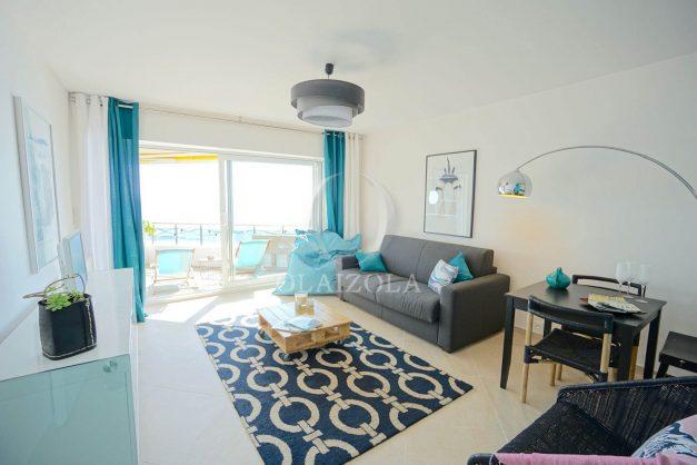 vacances-location-biarritz-sunset-T1-terrasse-vue-mer-plage-cote-des-basques-plage-a-pied-003