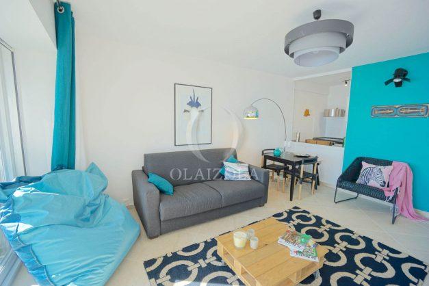 vacances-location-biarritz-sunset-T1-terrasse-vue-mer-plage-cote-des-basques-plage-a-pied-004