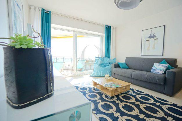 vacances-location-biarritz-sunset-T1-terrasse-vue-mer-plage-cote-des-basques-plage-a-pied-018