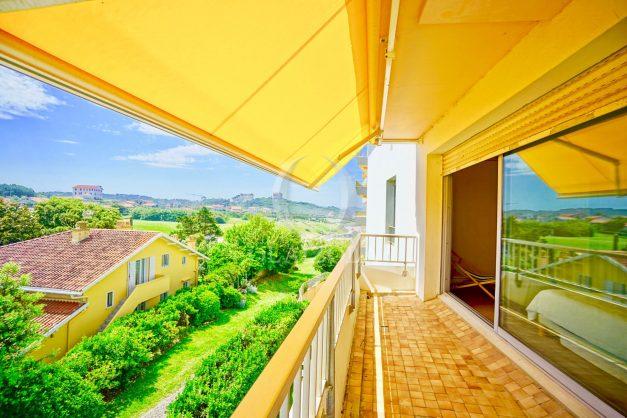 location-vacances-biarritz-appartement-vue-mer-parking-milady-marbella-ilbaritz-terrasse-piscine-plages-a-pied-006
