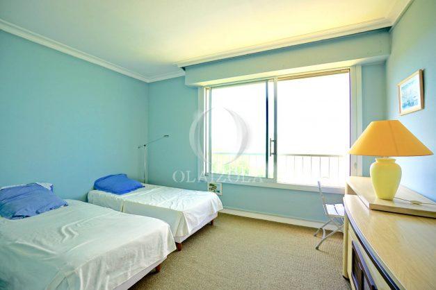 location-vacances-biarritz-appartement-vue-mer-parking-milady-marbella-ilbaritz-terrasse-piscine-plages-a-pied-013