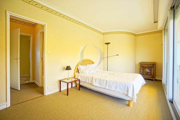 location-vacances-biarritz-appartement-vue-mer-parking-milady-marbella-ilbaritz-terrasse-piscine-plages-a-pied-015