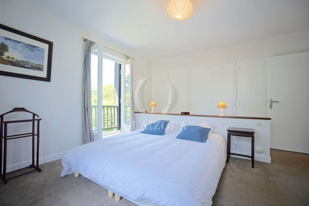 location-vacances-villa-8-pièces-bidart-jardin-terrasse-calme-proche-plage-020