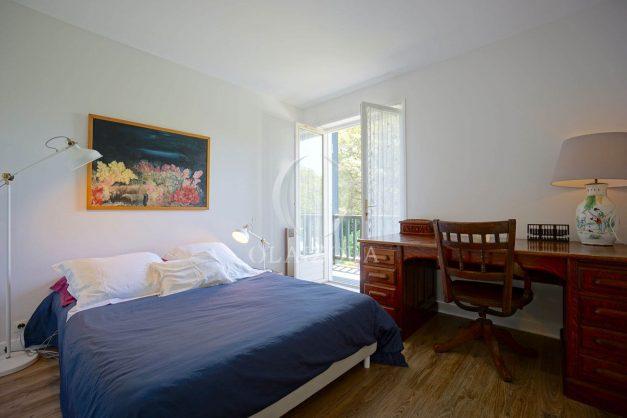 location-vacances-villa-8-pièces-bidart-jardin-terrasse-calme-proche-plage-033