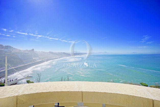 location-vacances-biarritz-appartement-vue-mer-standing-cote-des-basques-parking-terrasse-plein-sud-plage-a-pied-002