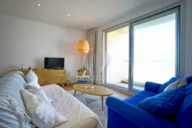 location-vacance-biarritz-appartement-t2-vue-mer-miramar-terrasse-centre-ville-parking-006