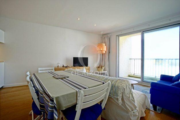 location-vacance-biarritz-appartement-t2-vue-mer-miramar-terrasse-centre-ville-parking-008