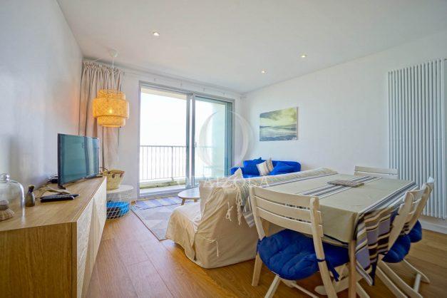 location-vacance-biarritz-appartement-t2-vue-mer-miramar-terrasse-centre-ville-parking-012