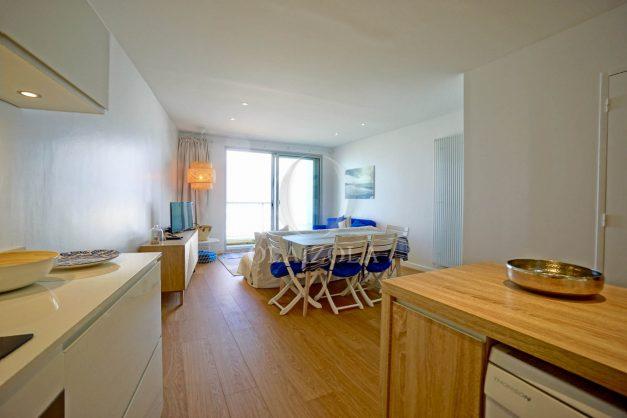 location-vacance-biarritz-appartement-t2-vue-mer-miramar-terrasse-centre-ville-parking-013
