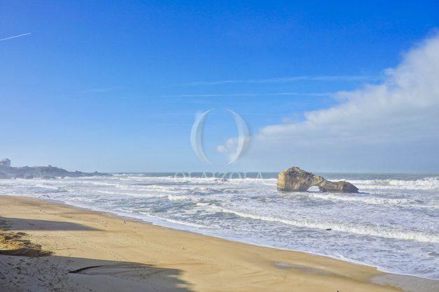 location-vacance-biarritz-appartement-t2-vue-mer-miramar-terrasse-centre-ville-parking-021