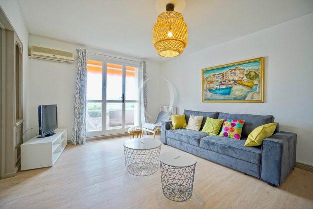 location-vacance-biarritz-t4-centre-ville-renove-balcon-terrasse-plage-a-pied-jardin-public-2019-003