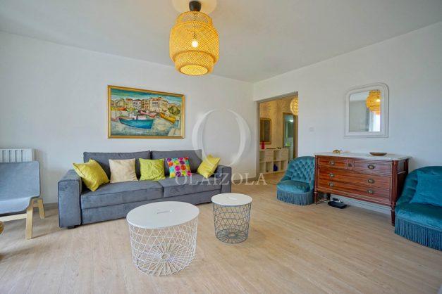 location-vacance-biarritz-t4-centre-ville-renove-balcon-terrasse-plage-a-pied-jardin-public-2019-005