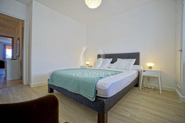 location-vacance-biarritz-t4-centre-ville-renove-balcon-terrasse-plage-a-pied-jardin-public-2019-028