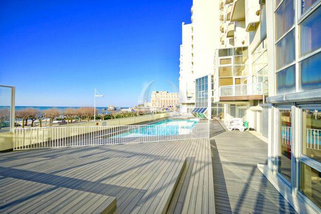 locations-vacances-biarritz-agence-olaizola-vue-mer-piscine-plages-centre-ville-parking-012