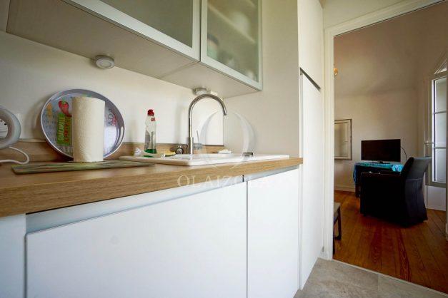 location-vacances-biarritz-appartement-T2-proche-centre-ville-plages-vue-mer-port-vieux-parking-013