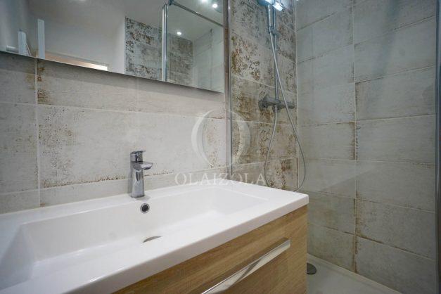 location-vacances-biarritz-appartement-T2-proche-centre-ville-plages-vue-mer-port-vieux-parking-019