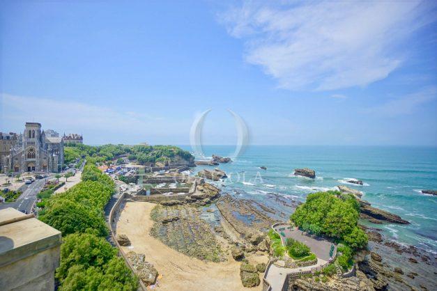 location-vacances-biarritz-clemenceau-vue-mer-dernier-etage-2pieces-vue-port-002