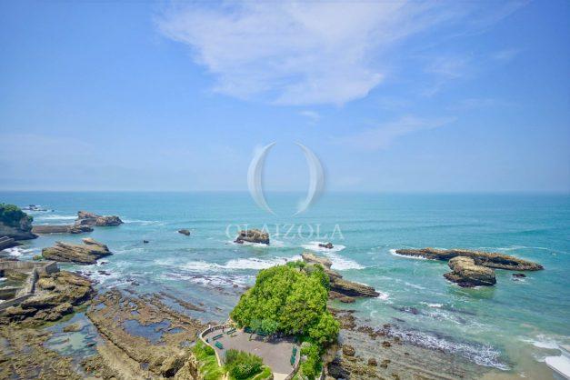 location-vacances-biarritz-clemenceau-vue-mer-dernier-etage-2pieces-vue-port-005