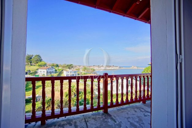 location-vacances-ciboure-bordagain-saint-jean-de-luz-vue-mer-villa-maison-terrasse-plein-sud-plage-socoa-a-pied-surf-golf-saint-jean-de-luz-037