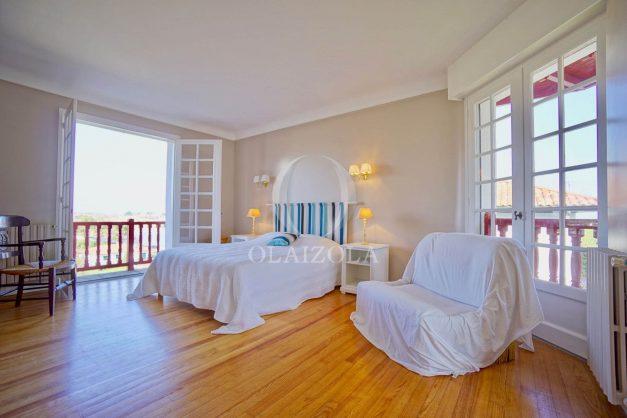 location-vacances-ciboure-bordagain-saint-jean-de-luz-vue-mer-villa-maison-terrasse-plein-sud-plage-socoa-a-pied-surf-golf-saint-jean-de-luz-040