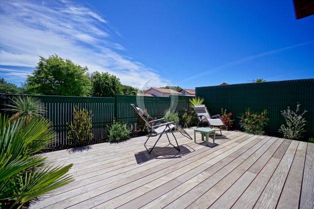 location-vacances-bidart-appartement-vue-montagne-terrasse-plein-sud-proche-mer-centre-village-plage-a-pied-biarritz-a-5-min-004