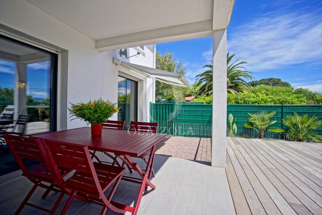 location-vacances-bidart-appartement-vue-montagne-terrasse-plein-sud-proche-mer-centre-village-plage-a-pied-biarritz-a-5-min-008
