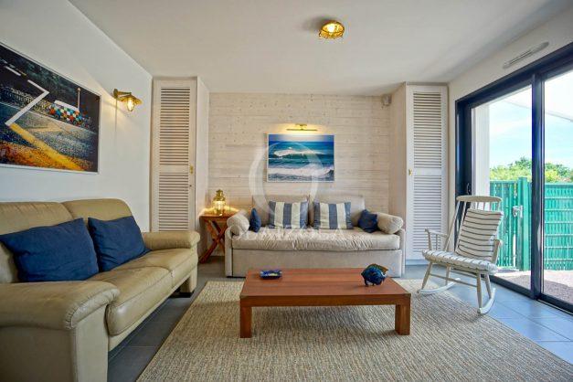 location-vacances-bidart-appartement-vue-montagne-terrasse-plein-sud-proche-mer-centre-village-plage-a-pied-biarritz-a-5-min-012