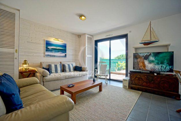 location-vacances-bidart-appartement-vue-montagne-terrasse-plein-sud-proche-mer-centre-village-plage-a-pied-biarritz-a-5-min-013