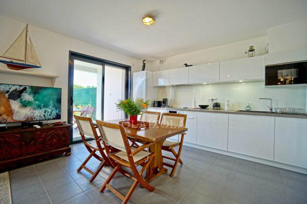 location-vacances-bidart-appartement-vue-montagne-terrasse-plein-sud-proche-mer-centre-village-plage-a-pied-biarritz-a-5-min-020