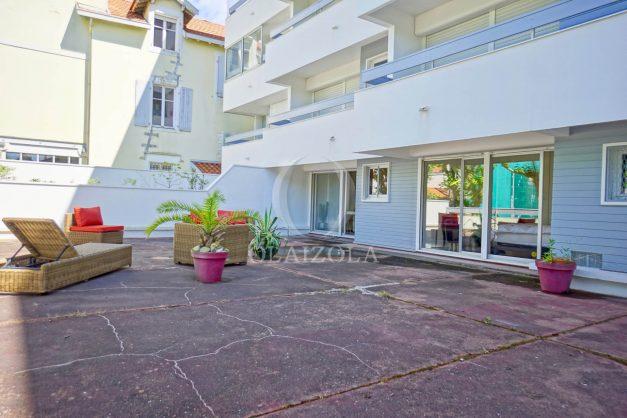Appartement-t2-Biarritz-grande-terrasse-plage-a-pied-parking-cave-rez-de-chaussé-001
