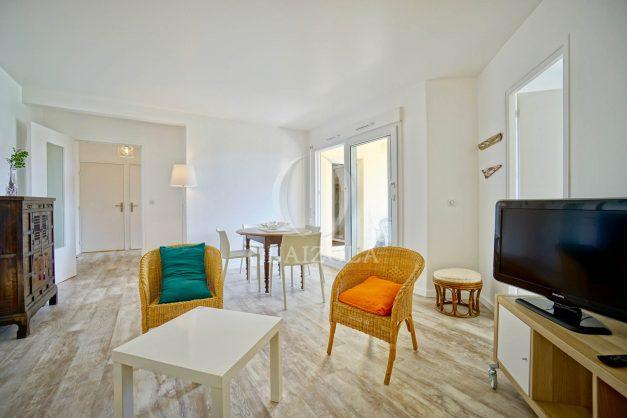 location-vacances-biarritz-agence-olaizola-proche-plage-milady-cote-des-basques-terrasse-parking-beaurivage-005